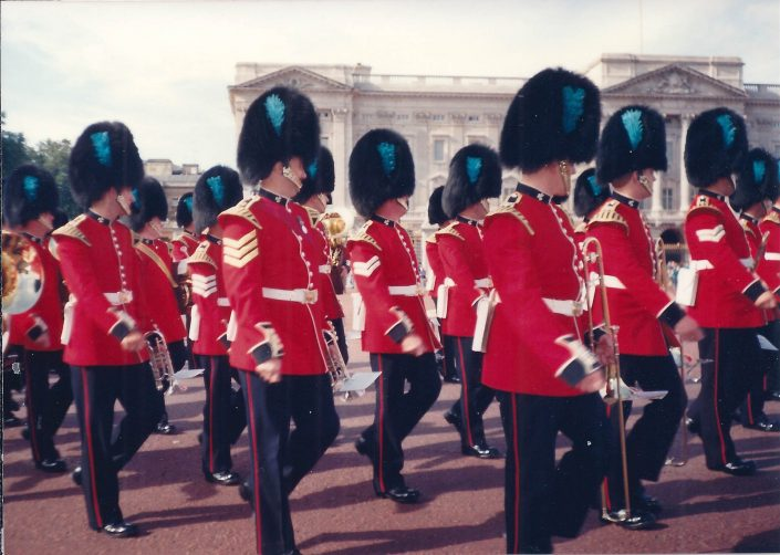 Artscapes Themed Kids Tours, Irish Guards on Parade
