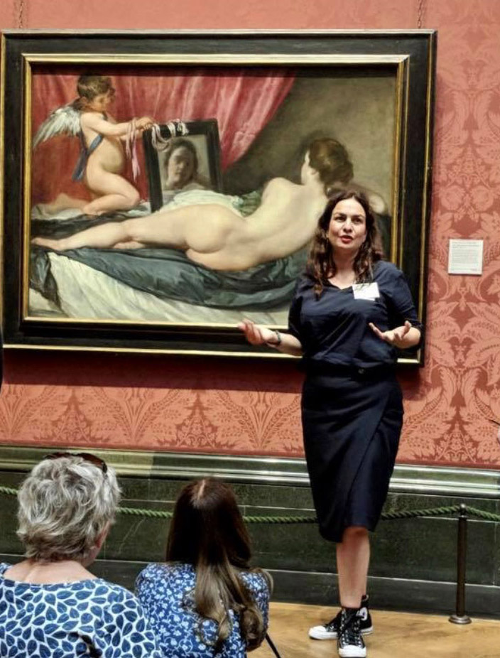 Artscapes guide Claudia in front of Velazquez's 'Rokeby Venus' in the National Gallery